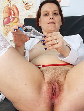 Elder amateur mom Blazena 48 years old in mature HD porn video