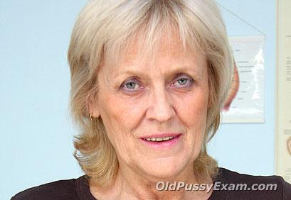 Aged mom Brigita mature porn HD video