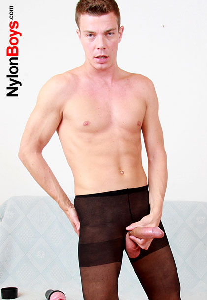 watch amateur boy Jeremy wearing nylon pantyhose and jerking off
