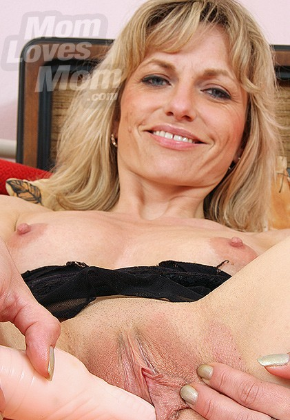 Aged woman Joanna