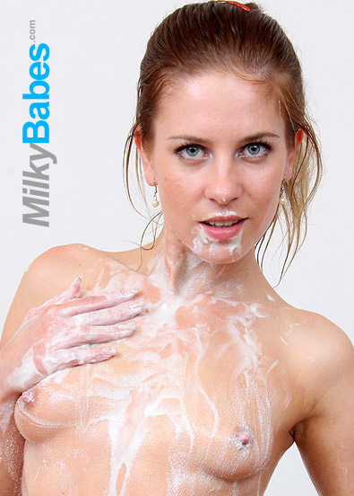 sexy babe Keira whipped cream and food fetish video