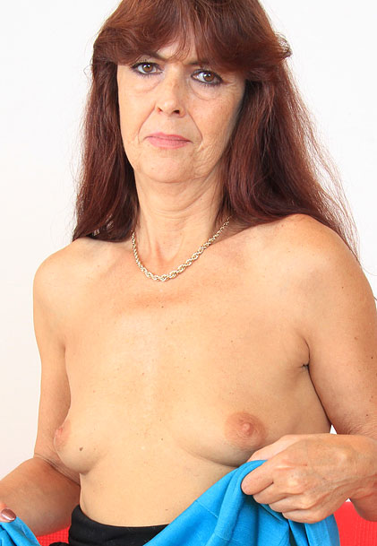 hardsextube poilue lesbienne seins naturels