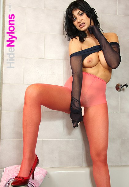 Nylon pantyhose legs girl Tera Joy