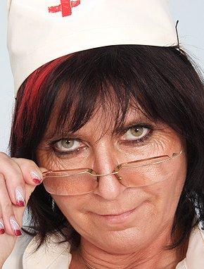 Elder amateur mom Verka 46 years old in mature HD porn video