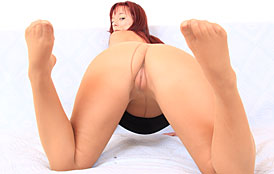 Vivien Fox at HideNylons.com - nylons pantyhose fetish masturbation