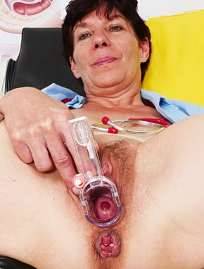 Elder amateur mom Zupa 53 years old in mature HD porn video